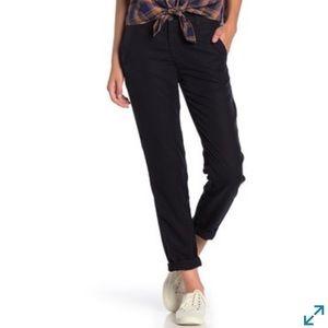 AG Caden Tailored Trouser